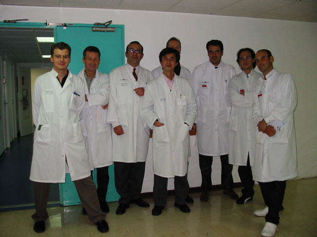 Bác sĩ Thuận tại Armand-Trousseau, Paris - Pháp