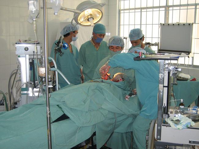 Bác sĩ Thuận tại Tây Nguyên