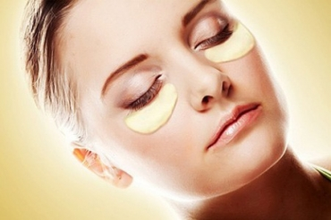 Bí quyết trị thâm quầng mắt giúp đôi mắt bạn luôn tươi trẻ
